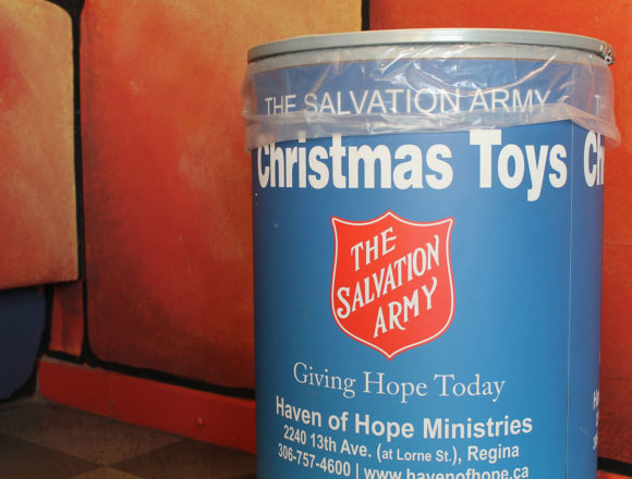 Tagging for tots: Laser Quest kicks off toy drive