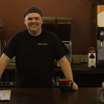 Winging it: Moose Jaw restaurant continues to delight after 10 years